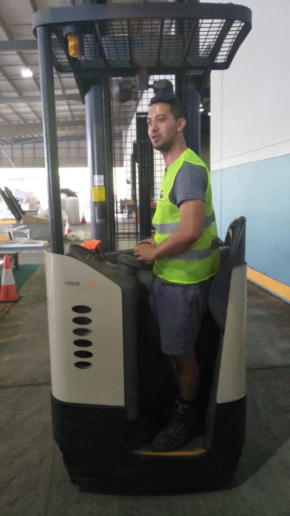 Machine Operator Hire - Warehouse Machine Operator Services
