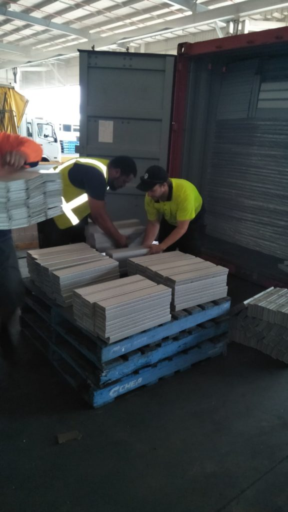 Container Unloading Company - Container Loading Gold Coast